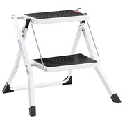 Step ladder with 2 steps