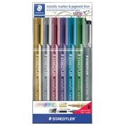 Staedtler Metallic marker, étui de 6 pièces en couleurs assorties + Pigment Liner gratuit