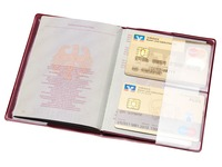 EN_HIDENTITY ETUI PASSEPORT ROUGE