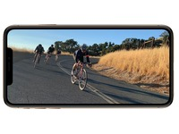 Apple iPhone XS - gold - 4G - 64 GB - GSM - smartphone